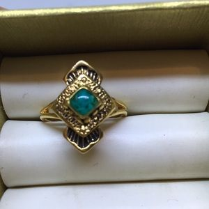 Jewelry - Southwestern inspired Goldtone turquoise ring. 6